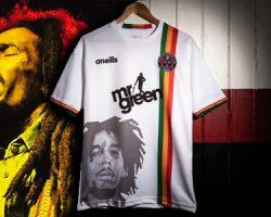 Ky-Mani amó la camiseta de fútbol más alucinante en honor a Bob Marley, pero de igual manera fue prohibida