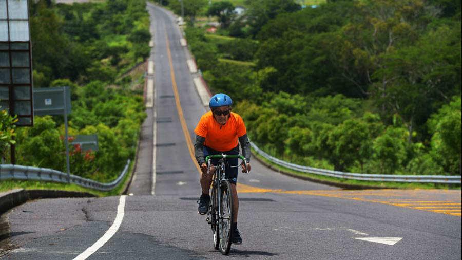 Ciclista-Felipe-Fuentes_10