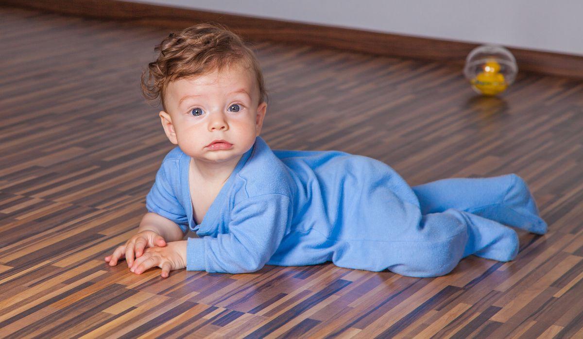 bigstock-months-baby-boy-97379078
